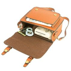 ae39961bc8b1 Amazon.com  Mini 9 Instant Camera Accessories Case - Lalonovo Retro Vintage  PU Leather Bag for Fujifilm Instax Mini 9  Mini 8  Mini 7s  Mini 25  Mini  50s  ...