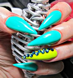 Day 198: Bring on the Bling Nail Art - - NAILS Magazine