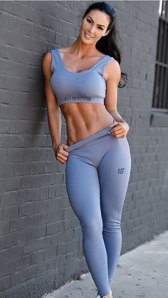 Sport Fitness, Fitness Models, Mädchen In Leggings, Fit Women, Sexy Women, Looks Pinterest, Femmes Les Plus Sexy, Elegantes Outfit, Womens Workout Outfits