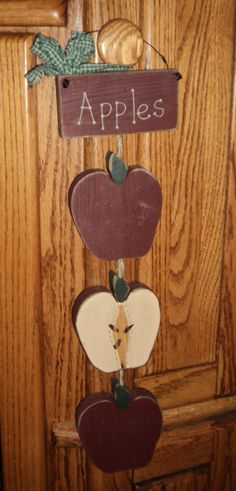 1000 images about apples on pinterest apple calendar for Apple kitchen decoration set