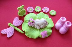Fondant bébé fille chaux gâteau rose haut de par evynisscaketopper, $42.00