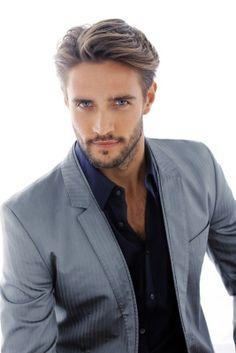 Model Alex Belli)