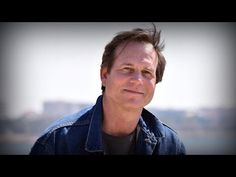 Remembering the career of actor Bill Paxton - YouTube