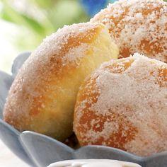 Goda sockerbullar med härligt god vaniljfyllning.
