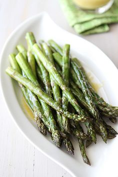Roasted Asparagus Recipe with Miso Lime Dressing Lime Recipes, Veggie Recipes, Cooking Recipes, Healthy Recipes, Main Dish Salads, Veggie Dishes, Lime Dressing, Asparagus Recipe, Vegetable Side Dishes