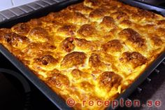 Snack Recipes, Snacks, Lunches And Dinners, Delicious Food, A Table, Starbucks, Pancakes, Good Food, Pizza