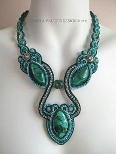 Laguna: soutache necklace