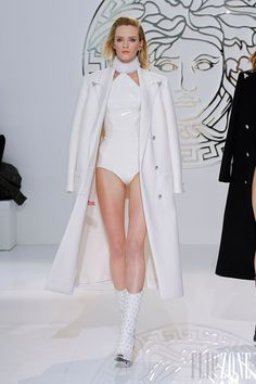 Versace - Prêt-à-porter - Automne-hiver 2013-2014 - http://www.flip-zone.com/fashion/ready-to-wear/fashion-houses-42/versace-3589 - ©PixelFormula