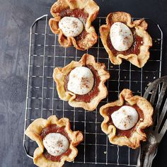 Pumpkin Chai Mini Pies