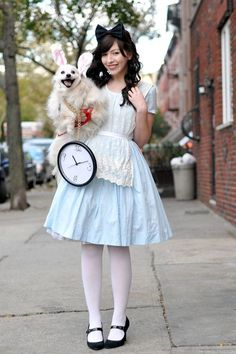 DIY Alice in Wonderland costume ideas for adult. You'll love these modest Halloween costumes for women, modest Halloween costumes for teens, and easy modest Halloween costumes that you can wear for work and for school. Modest Halloween Costumes, Adult Costumes, Woman Costumes, Couple Costumes, Alice Costume Ideas, Fun Costumes For Women, Diy Disney Costumes, Easy Girl Halloween Costumes, Pirate Costumes