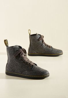 Promoting an upcoming show feels like a party when your tootsies are sporting these grey felt hi-tops from Dr. Martens. Given the classically cool silhouette of these yellow-stitched kicks, word of your event and these shoes will spread around the block in no time!