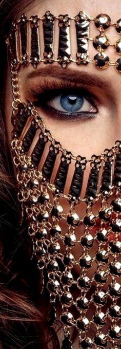 Arabian Eyes, Arabian Nights, You Are Beautiful, Beautiful Women, Golden Goddess, Chain Reaction, Metal Fashion, Makeup Art, Masquerade