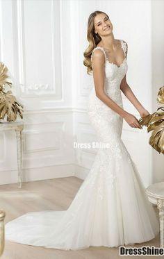 Pronovias stylish designer sample sale wedding & bridal dresses at our bridal shop in Wimbledon, London. Slim Wedding Dresses, Prom Party Dresses, Bridal Dresses, Bridesmaid Dresses, Dresses Uk, Wedding Gowns, Pronovias 2014, Pronovias Wedding Dress, Lace Mermaid Wedding Dress