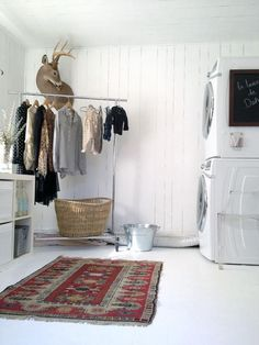 the prettiest laundry room ever!