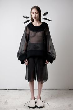james hock Feather Headpiece, Jumper, Fashion Show, Goth, Chiffon, Ballet Skirt, Skirts, Inspiration, Collection