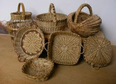 "1"" scale miniature baskets by Lidi Stroud, IGMA Artisan"