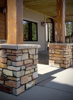 Backyard outdoor patio, dry stacked stone veneer retaining wall & modern rustic home stone fireplace for dream home interior design & exterior architecture. Stone Exterior, Stone Facade, Stone Cladding, Landscape Edging Stone, Landscape Design, Deck Design, Stone Masonry, Stone Veneer, Outdoor Patio Designs