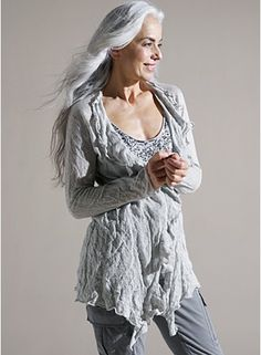 Yasmina Rossi at Long Gray Hair, Silver Grey Hair, White Hair, Drop Dead Gorgeous, Yasmina Rossi, Mode Boho, Aged To Perfection, Advanced Style, Ageless Beauty