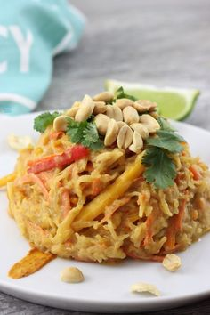 "Spaghetti Squash Pad Thai (vegan) - A Whisk and Two Wands - - Delicious wholefood, plantbased Pad Thai made with naturally gluten free spaghetti squash ""noodles""! Full of flavor this is sure to be a family favorite. Spagetti Squash Pad Thai, Spaghetti Squash Noodles, Squash Pasta, Top Recipes, Whole Food Recipes, Recipies, Yummy Recipes, Vegan Pad Thai, Vegetarian Recipes"