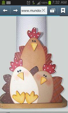portarrollos de cocina decorados - Buscar con Google Chicken Crafts, Chicken Art, Wooden Painting, Tole Painting, Letter E Craft, Handmade Crafts, Diy And Crafts, Chicken Quilt, Wood Craft Patterns