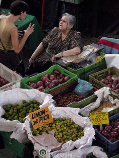 Municipal Market, Santiago, Chile. Photo: Marcos Issa/Argosfoto
