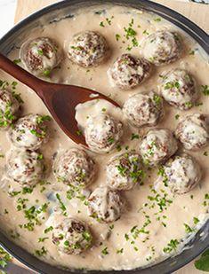 Recipe Using Cream Of Mushroom Soup, Easy Mushroom Soup, Cream Of Mushroom Chicken, Mushroom Soup Recipes, Swedish Meatball Recipe With Cream Of Mushroom Soup, Campbells Mushroom Soup, Mushroom Meatballs, Swedish Meatballs Sauce, Sweedish Meatballs