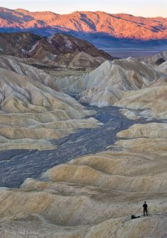 Death Valley in eastern California is a spectacular place to visit just make sure it isn't during the summer. Full of amazing rock formations you can also visit the lower basin which is the lowest point in North America