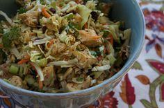 Chinese Chicken Salad with Ramen Noodles! ~Yumbly in our tumbly for the boat tomorrow~ Paleo Recipes, Asian Recipes, Dinner Recipes, Cooking Recipes, Yummy Recipes, Dinner Ideas, Lunch Ideas, Recipies, Suddenly Salad