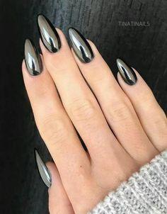 Black Chrome Nails, Chrome Mirror Nails, Black Stiletto Nails, Pointy Nails, Metallic Nails, My Nails, Gold Chrome, Acrylic Nails, Coffin Nails