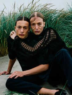 Photographed by Elizaveta Porodina, model siblings Lou and Nils Schoof pose for the November 2015 issue of Vogue Ukraine. Wearing facial embellishments and vampy black looks, the duo are styled by Julie Pelipas in dramatic dark ensembles. Foto Fashion, Fashion Shoot, Editorial Fashion, Trendy Fashion, Fashion Trends, Couple Photography, Editorial Photography, Fashion Photography, Art Photography