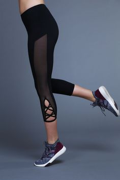 ada8f8194fac54 Last season you asked for a cropped version of our best selling legging,  and looks