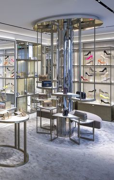 The newly opened Jimmy Choo store on the iconic Rue St. Honore in Paris features Christian Lahoude Studio's newest additions to its design. Shoe Store Design, Retail Store Design, Clothing Store Interior, Boutique Interior, Window Display Retail, Shoe Display, Display Ideas, Retail Interior Design, Pinterest Home