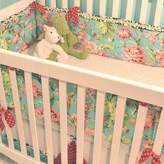 Flirty Floral Baby Bedding from #PoshTots