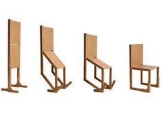 多田木工製作所で作られている折り畳んだ際、付属器具なしで自立する1人掛けの折り畳み椅子。材料は成形合板を使用している。 使わないときは折りたたんで間仕切りになるので狭い部屋でも使えてとても便利だと思った。