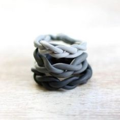 Ombre rings made of polymer clay to stack up on your fingers.