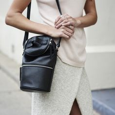 Bucket side bag