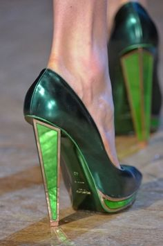 #Emerald #color #YSL high-heel shoes. How gorgeous is that emerald #jewel tone heel? These would definitely make a #fashion statement!