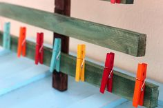 dyed wooden clothespins (and a christmas card display!) – kojodesigns