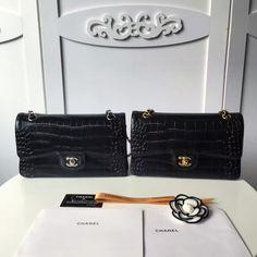 Chanel flap bag calfskin gold ruthenium metal-navy black  A1112 size:26x16x7cmQC1 whatsapp:+8615503787453