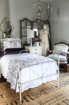 Velvet Bolster Tutorial - Cedar Hill Farmhouse