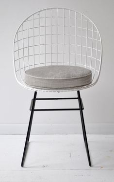 Try give to your space a unique touch with these incredible modern chairs! See more modern chairs design here www.covethouse.eu