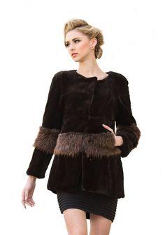 32767baa6aeba URSFUR Women s Rex Rabbit Fur Beaver Fur Coats Jackets Black L