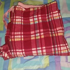 Maurices fleece plaid pajama pants These PJ pants are super warm and comfy. They are in great condition and the colors are very pretty. Maurices Pants