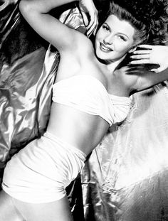 Rita Hayworth Pinup Girl