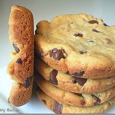 Kit-Kat & Chocolate Chip Peanut Butter Cookies