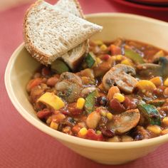 Hypoallergenic Pet Dog Food Items Diet Program Slow-Cooker Veggie Chili So Comforting And So Good Add A Dash Of Hot Sauce To Your Bowl For Extra Heat. Utilize A Variety Of Your Favorite Beans, If You Wish, In This Slow-Cooker Veggie Chili Recipe. Hearty Chili Recipe, Chili Recipes, Vegetarian Recipes, Healthy Recipes, Vegetarian Chili, Meatless Chili, Crock Pot Slow Cooker, Slow Cooker Recipes, Crockpot Recipes