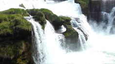 50 Looks of LoveT.: Leben nach der Natur - Das Wasser läuft den Berg n... Outdoor, Waterfall, Mountains, Alps, Nature, Viajes, Outdoors, Outdoor Games, The Great Outdoors