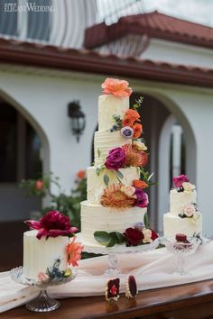 Buttercream Wedding Cakes, Mini Wedding Cakes, Spanish Inspired Wedding Cakes, R . Mini Wedding Cakes, Summer Wedding Cakes, Floral Wedding Cakes, Wedding Cakes With Flowers, Elegant Wedding Cakes, Wedding Cake Designs, Cake Flowers, Flower Cakes, Floral Cake