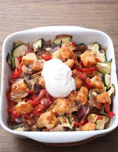 laks / grønnsaker / kesam / sunn middag Mat for muskler Fish And Seafood, Kung Pao Chicken, Guacamole, Cobb Salad, Potato Salad, Nom Nom, Dinner Recipes, Food And Drink, Healthy Recipes