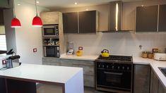 Kitchen Island, Kitchen Cabinets, Home Decor, Kitchens, Projects, Island Kitchen, Interior Design, Home Interior Design, Dressers